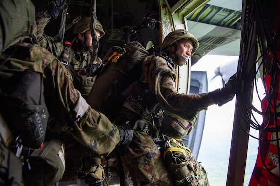 USAF, JGSDF Conduct Jump Training, Strengthen Yokota Interoperability