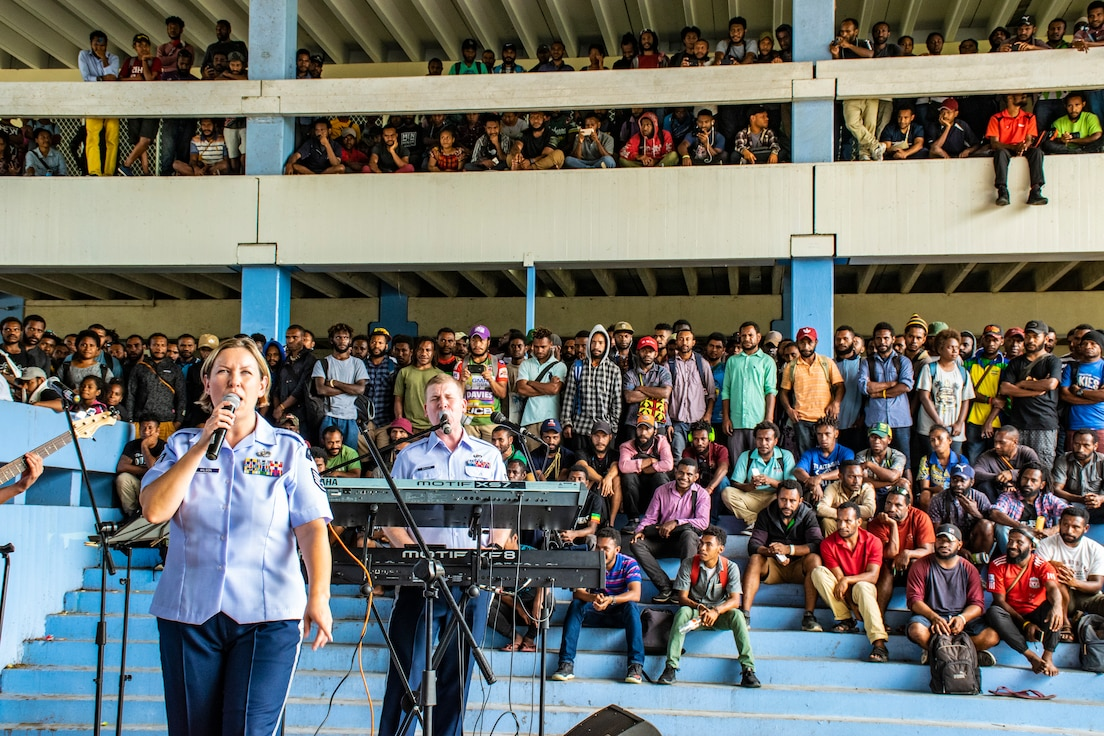 SSgt Rachel Wilson and SSgt Adam Walker perform a crowd pleaser for a packed house at the University of Papua New Guinea.