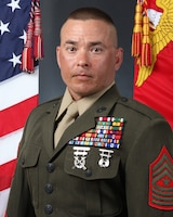 Offical MCSCG command photo in service alpha's uniform for SgtMaj Studer.