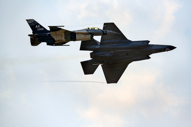 The Pacific Air Forces' F-16 Demonstration pilot demonstrates the multi-role capabilities of the F-16 during the Arctic Lightning Airshow.