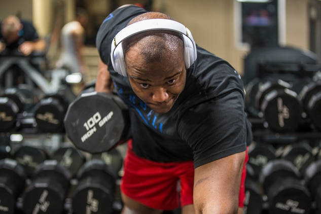 U.S. Marine Corps Cpl. Markeith Hunt, an aircraft maintenance administration specialist assigned to Marine Unmanned Aerial Vehicle Squadron (VMU) 1, physically trains during his free time at the Marine Corps Air Station (MCAS) Yuma Gym, July 8, 2019. The station gym is open 24 hours and is available for all service members and their families. (U.S. Marine Corps photo by Cpl. Sabrina Candiaflores)