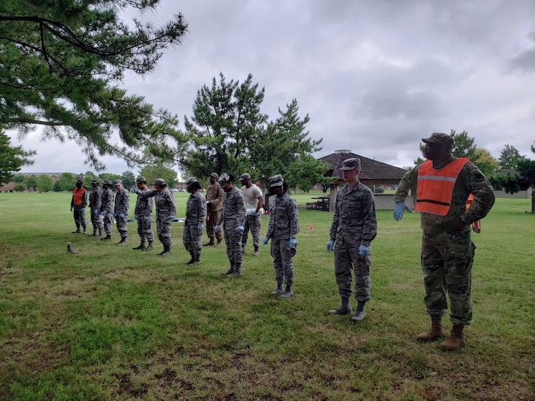 633rd FSS search and recovery training team