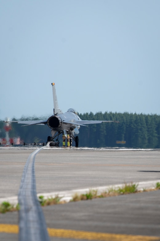 Yokota Completes Flightline Barrier Certification