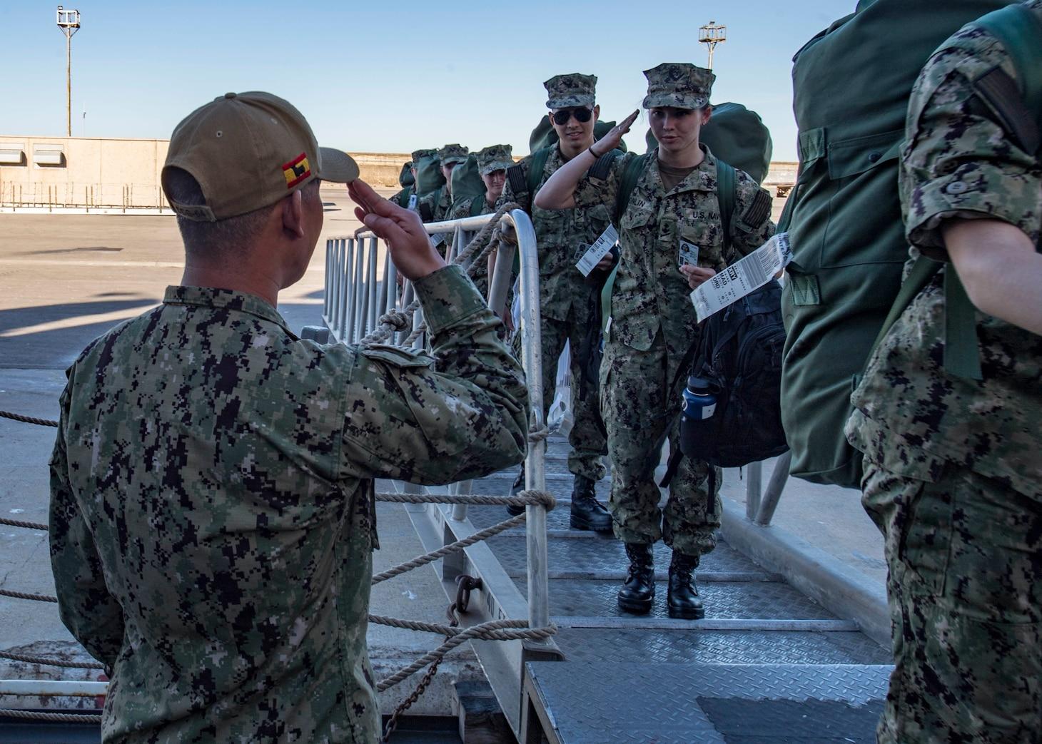 USS Carney Begins TRAV