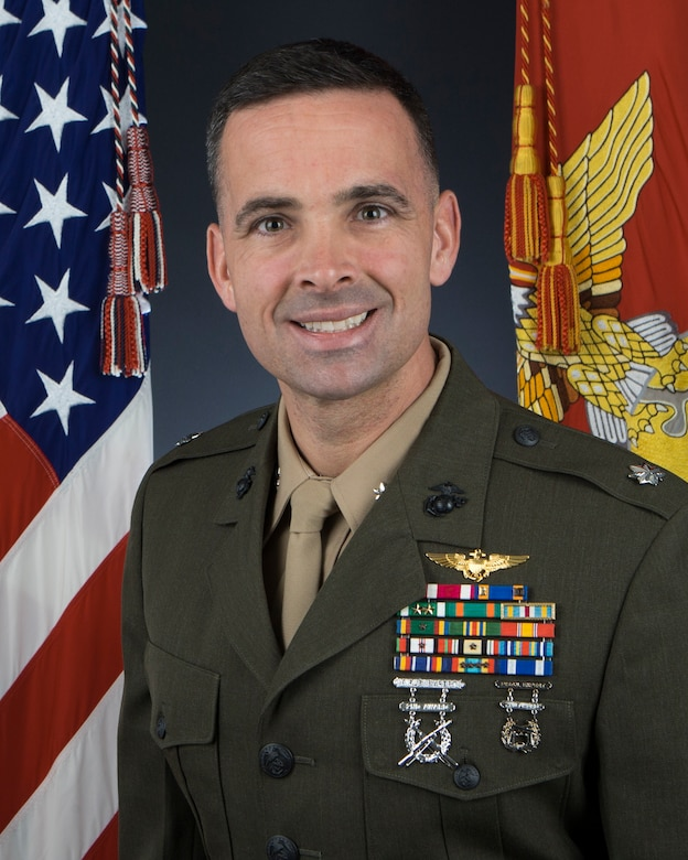 Marine Heavy Helicopter Squadron 465 Commanding Officer