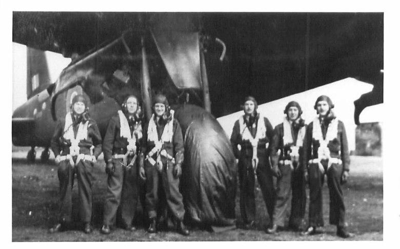 620th Squadron Airmen.