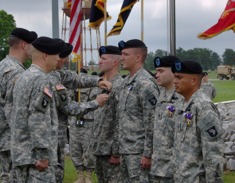 Then-Spc. Greg Waters receives Silver Star