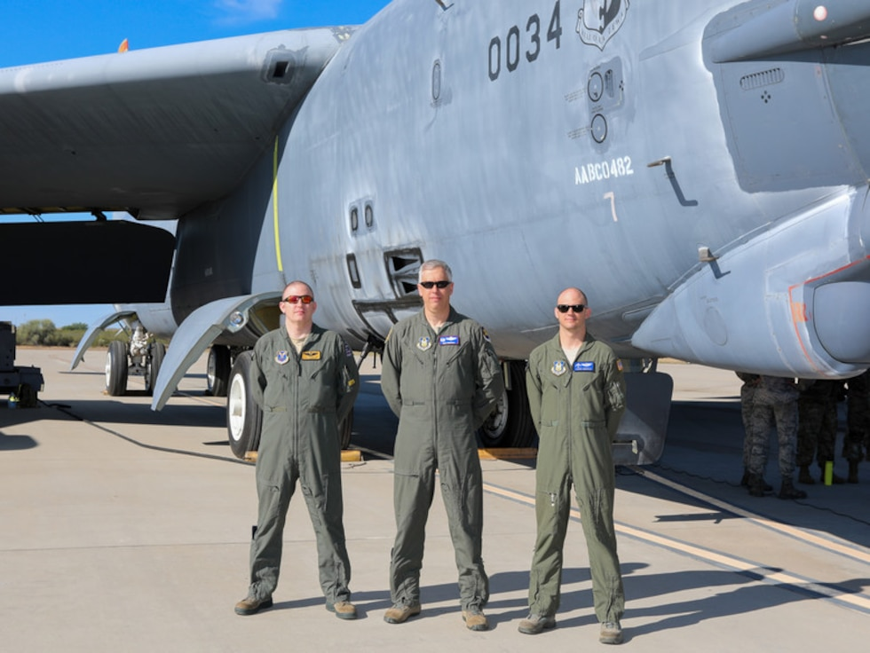 B-52 pilot reconnects with retired aircraft after more than a decade