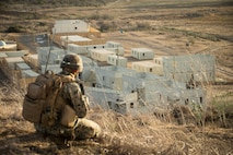 A U.S. Marine with 2nd Battalion, 1st Marine Regiment, 1st Marine Division, sets up a defensive position during exercise Steel Knight (SK) 19 at Marine Corps Base Camp Pendleton, Calif., Nov. 29, 2018.