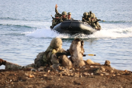 A Zodiac Craft races towards the shore carrying a Mexican Naval Assault Team toward the sector 3 objective in the final exercise for Phase 1 of exercise TRADEWINDS 2019.