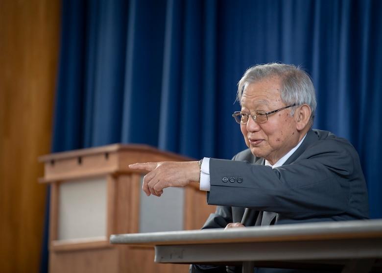 Atomic Bomb Survivor Speaks to Yokota Students