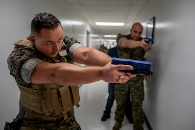 4th Civil Affairs Group Marines exercise active shooter emergency action plan