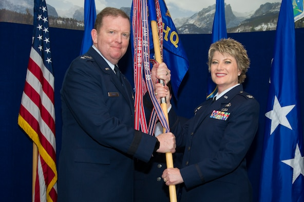 Colonel Kelli Smiley becomes HQ ARPC's 36th commander