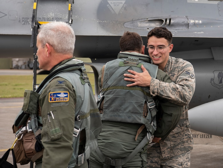 Happy Airmen