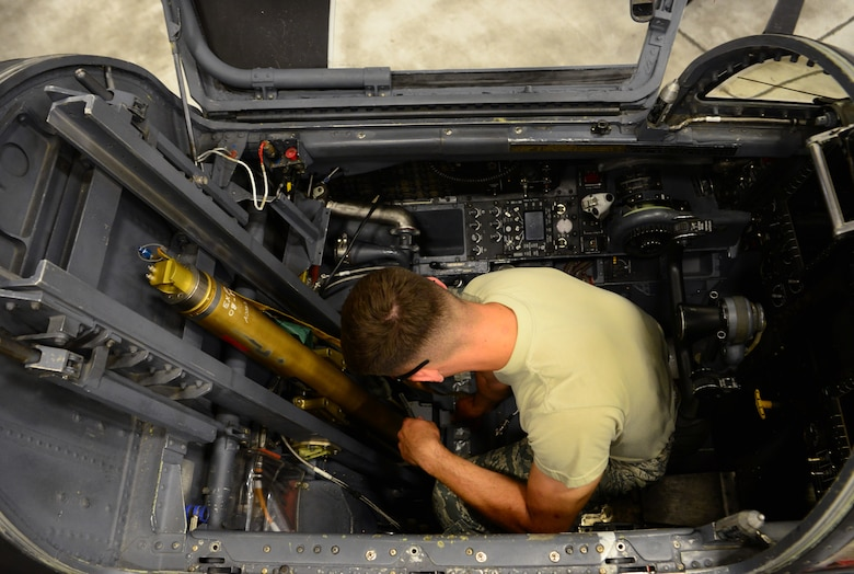 9th MXS egress shop upgrades ejection seat