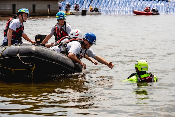 Ozark National Guardsman part of two-man rescue | News ...  |National Guard Water Rescue