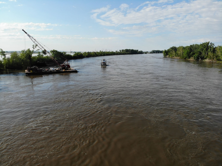 Aerial drone footage shows USACE, Omaha District work continuing on levee L575a June 13, 2019.
