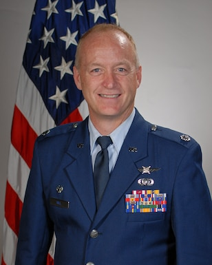 Lt Col Chris Hill