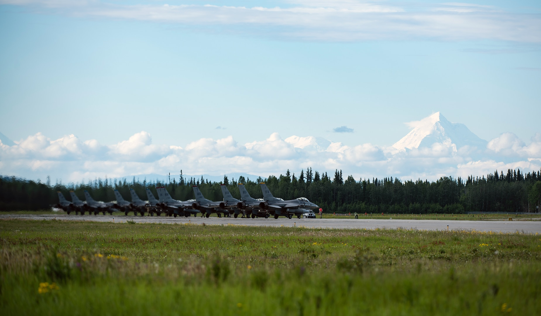 35th Fighter Squadron Launches into Red Flag-Alaska 19-2