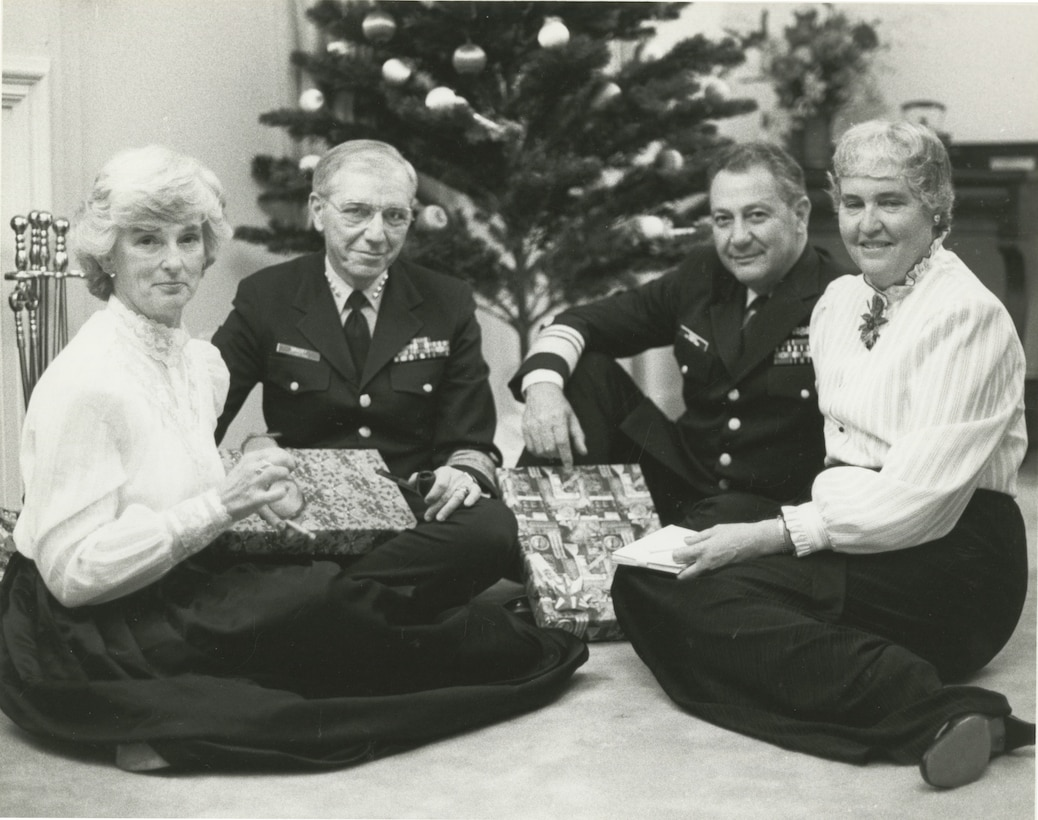 Admiral Gracey Christmas 1984