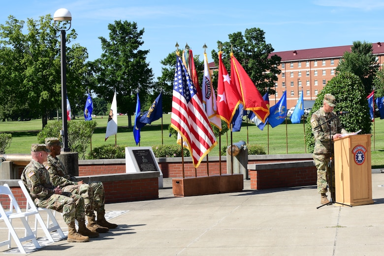 Incoming U.S. Army Recruiting Command Deputy Commanding Officer - Operations, Col. Patrick Michaelis delivers remarks at the change of command Ceremony held at Fort Knox today.