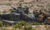 Reserve Marines conduct mechanized assaults at ITX 4-19