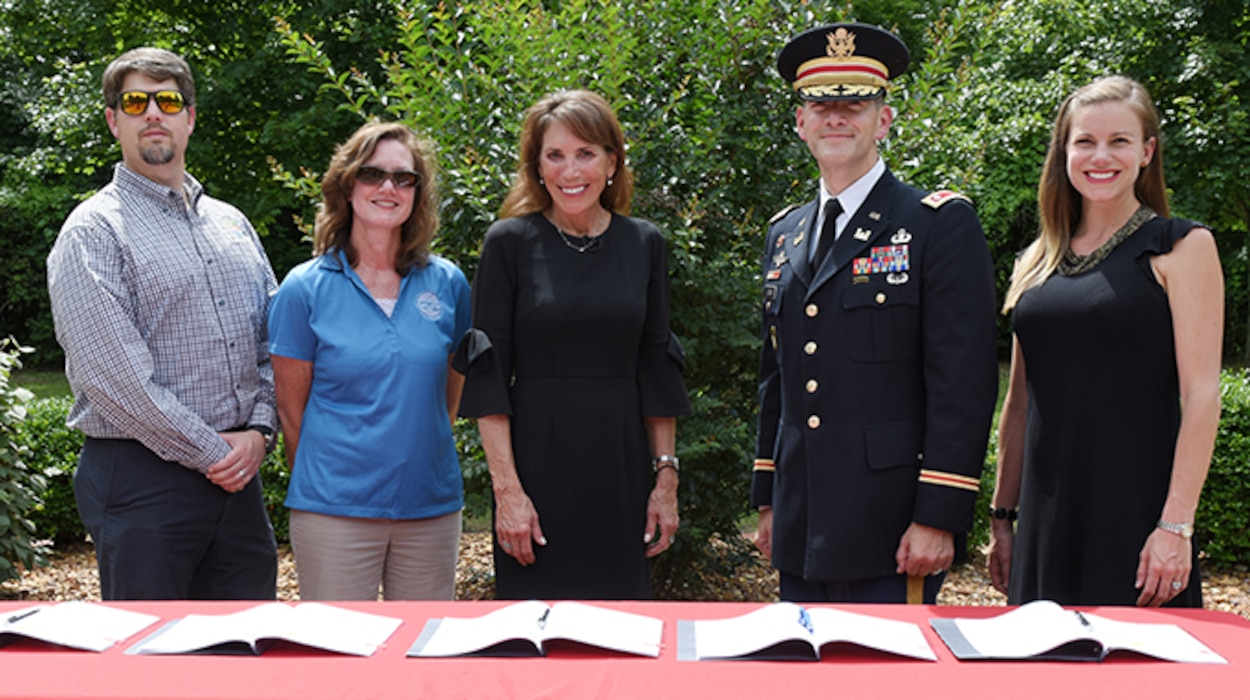(Left to Right) Lance Wagner, Gallatin Stormwater Utility manager; Jennifer Watson, Gallatin Stormwater coordinator; Gallatin Mayor Paige Brown; Lt. Col. Cullen Jones, U.S. Army Corps of Engineers Nashville District commander; and Lacey Thomason, Nashville District project manager; participate in a project partnership agreement signing June 14, 2019 at Triple Creek Park in Gallatin, Tenn. The agreement clears the way for the Corps of Engineers to enter into the design and implementation phase for a flood risk reduction project to help alleviate flooding during periods of heavy rain. (USACE photo by Lee Roberts)