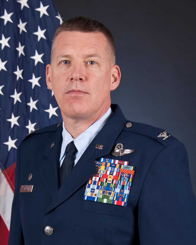 Official photo for Col James D. Cleet, vice commander of the 133rd Airlift Wing, St. Paul, Minn., Oct. 13, 2016.