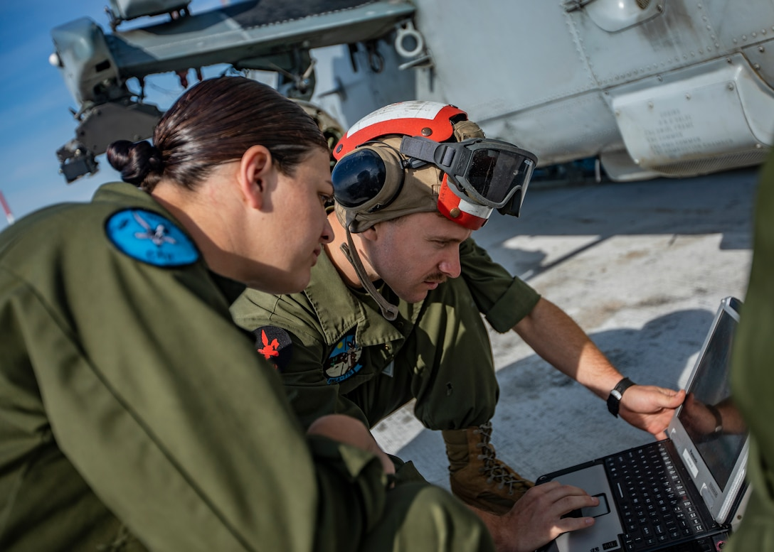 MAG-41 Marines conduct maintenance checks in Canada