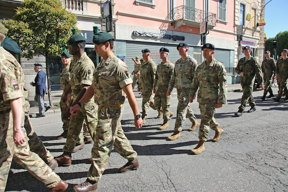 Reserve Soldiers represent U.S. in Italian military patrol competition