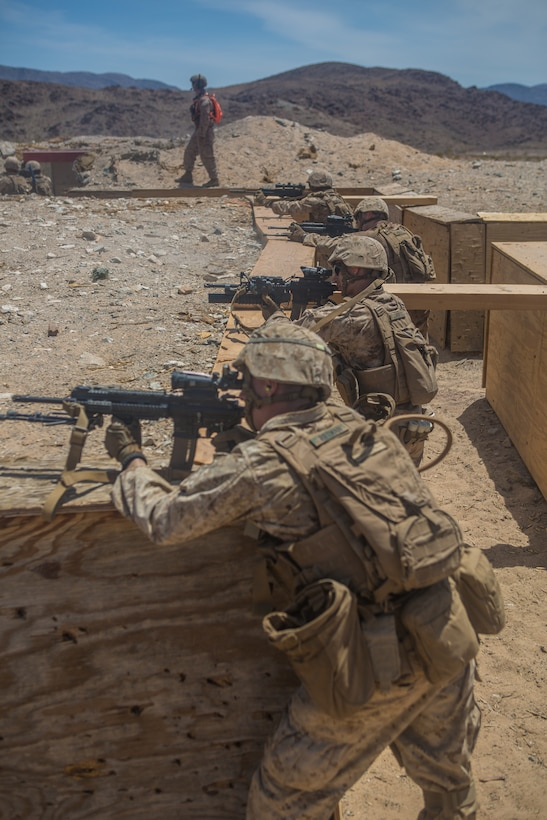 Reserve Marines attack Range 410A during ITX 4-19