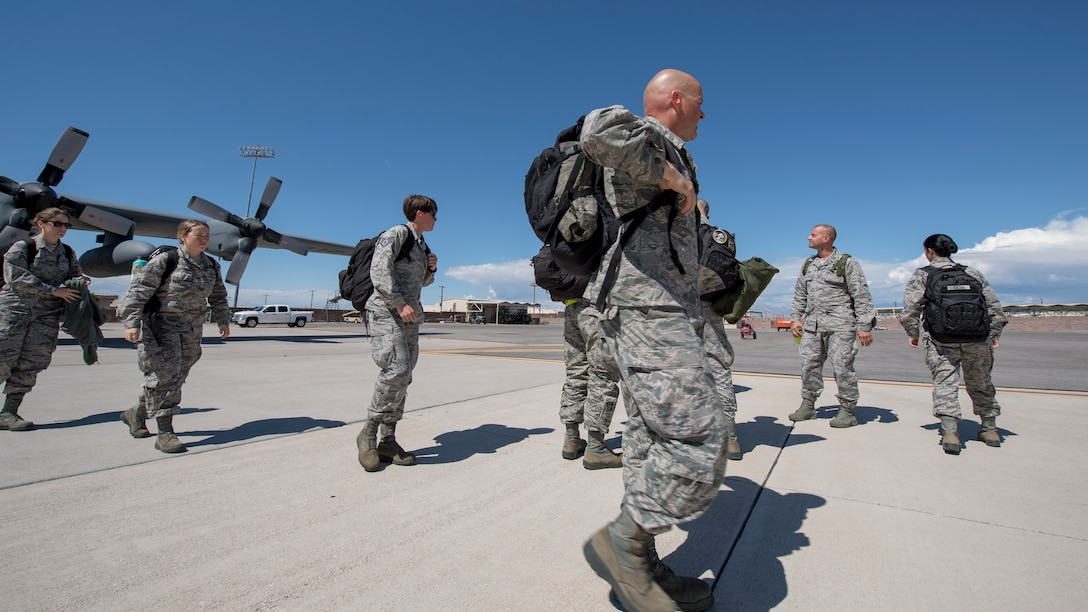 Airmen from the Idaho Air National Guard arrive at Green Flag West 19-8 at Nellis Air Force Base, Nevada on May 30, 2019. The Airmen are supporting flying operations for the 190th Fighter Squadron during the exercise. (U.S. Air National Guard photo by Master Sgt. Joshua C. Allmaras)