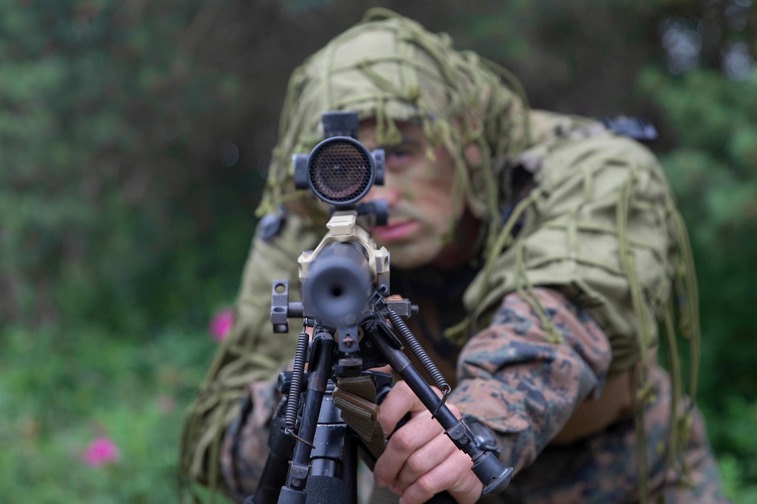 U.S. Marine Cpl. Lawrence McMahon, a scout sniper with the 22nd Marine Expeditionary Unit, showcases the M40A6 sniper rifle during a weapon systems showcase during Baltic Operations 2019 Distinguished Visitors Day in Palanga, Lithuania, June 15, 2019. Service members from several NATO countries demonstrated their amphibious capabilities and cooperation in a unified amphibious assault in Lithuania for the exercise. BALTOPS is an annual joint, multinational maritime-focused exercise. It is designed to improve training for participants, enhance flexibility and interoperability, and demonstrate resolve among allied and partner forces in defending the Baltic Sea region.