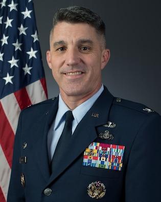 Official bio photo Col. Clinton A. Ross