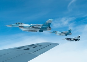 Three Air Force F-16 Fighting Falcons
