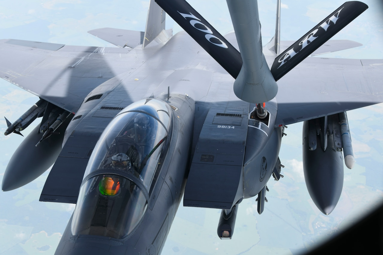 Air-to-air F-15 refueling.