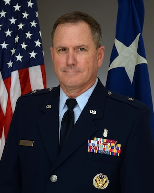 Brig. Gen. (Dr.) James H. Dienst assumed command of the Air Force Research Laboratory's 711th Human Performance Wing June 21 in a change of command ceremony at the National Museum of the United States Air Force at Wright-Patterson Air Force Base, Ohio. (U.S. Air Force photo/courtesy photo)