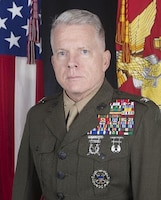 Command photograph of Col. Brian W. Mullery