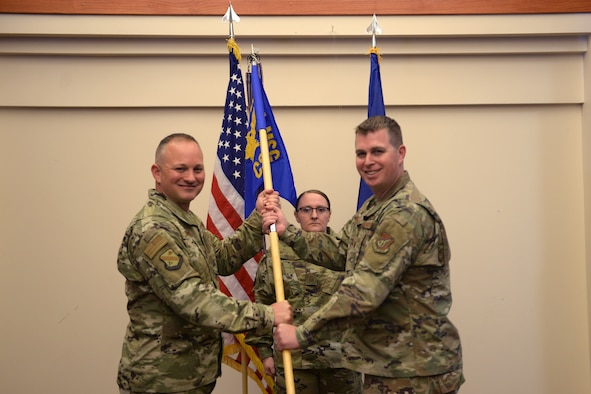 354th CS welcomes new commander