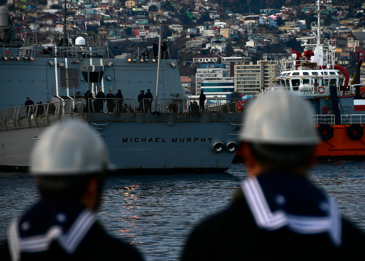 USS Michael Murphy (DDG 112) arrives in Valparaiso, Chile