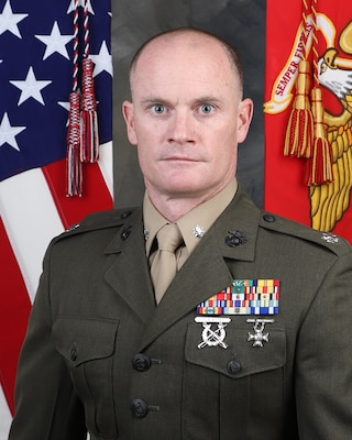Commanding Officer, Intelligence Support Battalion