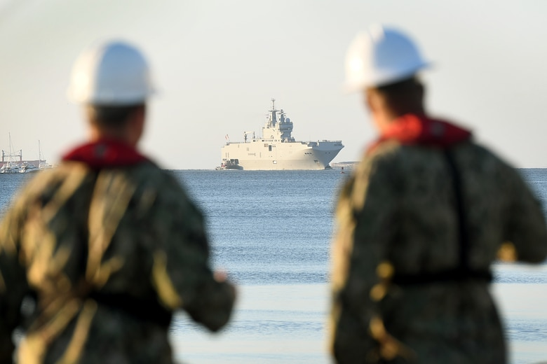 Marine Nationale (French Navy) Landing Helicopter Dock Tonnerre navigates toward the Columbus Terminal Port as part of a deployment stopover June 21, 2019, in Charleston, S.C. U.S. Navy Cmdr. Patrick Sutton, Naval Support Activity Charleston executive officer and 628th Mission Support Group deputy commander, spoke with leaders of LHD Tonnerre to ensure the crew received support during their stay in Charleston. Engagements such as this provide opportunities to strengthen partnerships between allies.