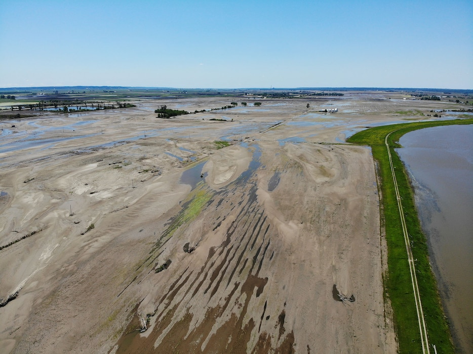 Aerial view showing Levee 575a progress as of June 24, 2019.