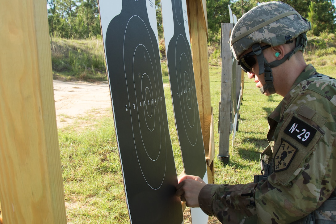 Soldiers qualify with M9s, M4s during 2019 Army Reserve Best Warrior Competition