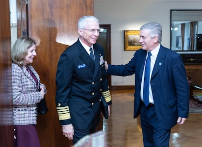 Navy Adm. Craig Faller meets with Argentine Minister of Defence Oscar Aguad.