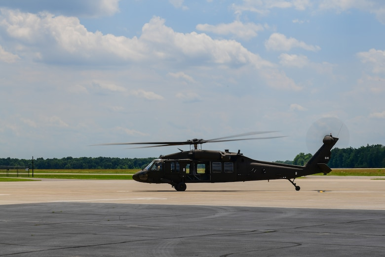 A UH-60 Black Hawk helicopter begins to taxi on the aircraft ramp at Youngstown Air Reserve Station, June 27, 2019.