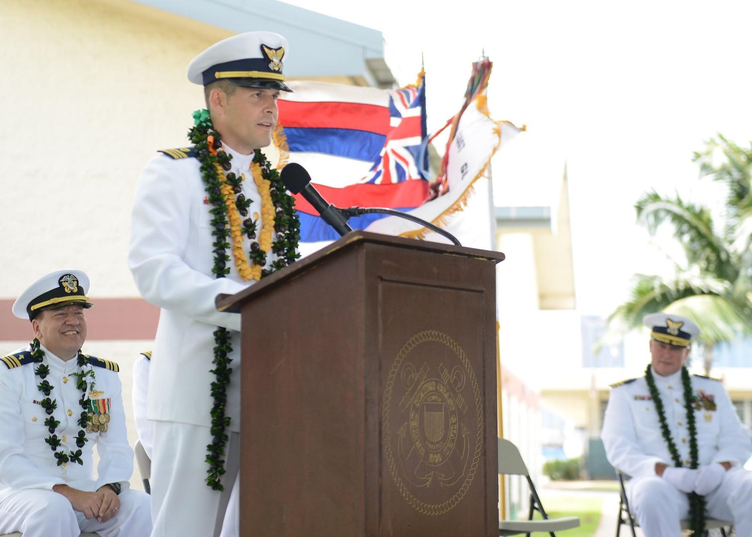 Coast Guard Civil Engineering Unit Honolulu Welcomes New Commanding Officer