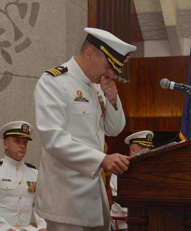 SANTA RITA, Guam (March 1, 2019) - Cmdr. Stephen Tarr, former commanding officer of the Los Angeles-class fast attack submarine USS Topeka (SSN 754), delivers his farewell speech, March 1. Topeka is one of four Guam-homeported submarines assigned COMSUBRON 15.