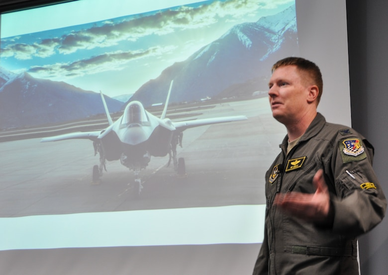 "Col. Dan ""B.B."" Gable presents to a full room at the Hill Aerospace Museum's ""Plane Talk"" series Saturday"