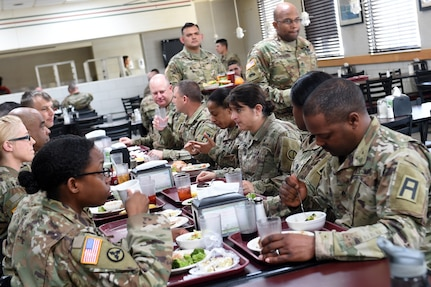 Brig. Gen. Kris A. Belanger, Commanding General, 85th U.S. Army Reserve Support Command, has lunch with assigned Army Reserve Soldiers, operationally controlled by First Army's 5th Armored Brigade, during a command site visit, there, at Fort Bliss, Texas, March 1-3, 2019.
